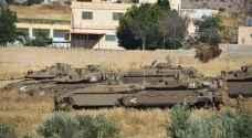 """دبابات الاحتلال تعزز انتشارها في مناطق غور الأردن وتدمر خطوط مياه """"صور"""""""