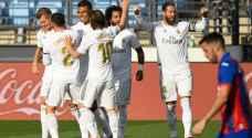 ريال مدريد يتغلب على إيبار بثلاثية ويواصل مطاردته لبرشلونة