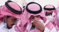 فيديو مؤثر لأمير سعودي يبكي خلال دفن رفيق دربه