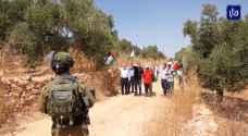المقاومة الشعبية في فلسطين تنجح في التصدي لعدد من البؤر الاستيطانية في عدة مناطق.. فيديو