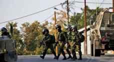 اعتقال 10 فلسطينيين بالضفة
