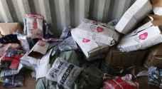 الجمارك تضبط حاوية ملابس في عمان - صور
