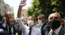"""ناشطون يستهجنون جولة """"الزعيم ماكرون"""" في بيروت المنكوبة"""
