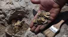 """العثور على 425 قطعة ذهبية بكنز من العصر العباسي في فلسطين """"صور"""""""