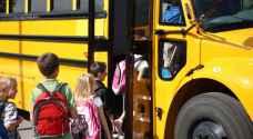 8 إصابات بحادث تدهور حافلة نقل طلاب في السلط