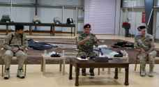 الملك يؤكد اعتزازه بدور القوات المسلحة في حماية حدود المملكة