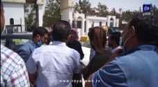 وفقة احتجاجية أمام إحدى الجامعات الخاصة بعد إقدام طالب على حرق نفسه - فيديو