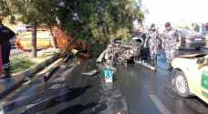 إصابات بتدهور صهريج على عدد من المركبات في عبدون.. صور