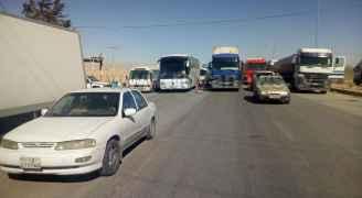 ايقاف حركة المرور أمام سالكي الطريق الصحراوي في منطقة الحسينية