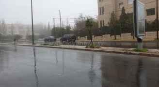 عدسة رؤيا في شوارع العاصمة عمان مع بدء تاثير المنخفض الجوي