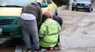 عمال وطن يؤدون واجبهم رغم الظروف الجوية الصعبة
