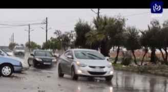 بالفيديو: تساقط الأمطار في المفرق