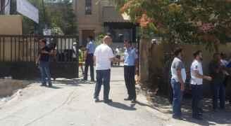إعادة فتح مركز اقتراع بحي نزال بعد إغلاقه