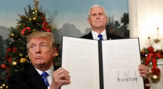 الصفدي يبلغ نظيره الأمريكي أن قرار ترمب بشأن القدس 'سيزيد التوتر'