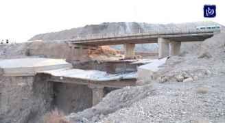 وزارة الأشغال تبدأ بالكشف عن جسور البحر الميت