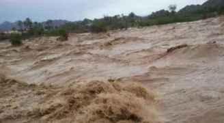 طقس العرب: اشتداد تأثير حالة عدم الاستقرار الجوي، وأمطار رعدية غزيرة  وتحذيرات من السيول الجارفة