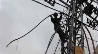 """""""الكهرباء"""" تتعامل مع 690 عطلاً منذ صباح الثلاثاء في مختلف مناطق المملكة"""