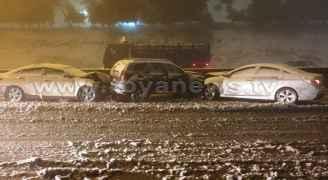 انزلاقات وحوادث سير على طريق المطار بسبب تساقط الثلوج - فيديو وصور