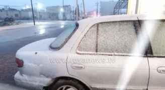 بدء تساقط الثلوج على مرتفعات عجلون.. فيديو
