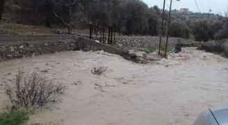 ارتفاع منسوب المياه في سيل الزرقاء - فيديو
