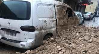 انهيار يغلق طريقا في الجوفة بالعاصمة عمان .. والأمانة توضح- صور