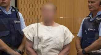 """المتهم بارتكاب """"مذبحة المسجدين"""" سيحاكم بتهم قتل 50 شخصاً"""