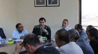 اجتماع لمجلس نقابة المعلمين مع رؤساء الفروع