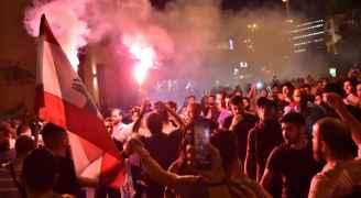 """ضريبة """"الواتسآب"""".. الشرارة التي أشعلت الشارع اللبناني"""