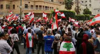 سقوط جرحى بعد اطلاق الجيش اللبناني النار على محتجين في طرابلس- فيديو