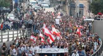 لبنان.. دعوات لمواصلة المظاهرات ونصر الله يجدد الهجوم