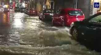 ارتفاع منسوب المياه في بعض شوارع العاصمة عمّان.. فيديو