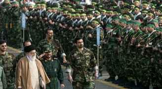 النص الحرفي لبيان الحرس الثوري الإيراني بعد قصفه القوات الأمريكية في العراق