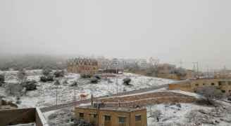 منخفض جوي يؤثر على الأردن الأربعاء محملاً بالأمطار الغزيرة وثلوج فوق المرتفعات.. فيديو