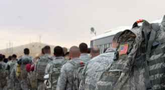 أمريكا تستأنف عملياتها العسكرية مع العراق
