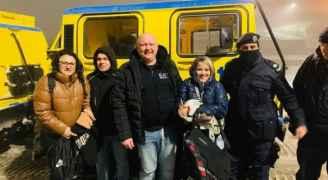 الأمن ينقذ سياح علقوا في ثلوج القادسية بالطفيلة