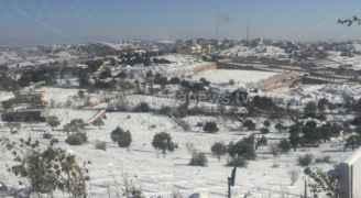 تساقط زخات ثلجية على بعض مناطق عمان - فيديو