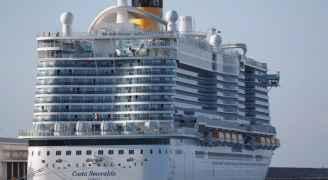 7 آلاف شخص عالقون على متن باخرة إيطالية للاشتباه بإصابتين بفيروس كورونا