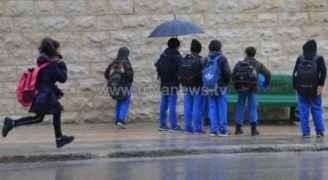 تأخير دوام مدارس وجامعات ودوائر حكومية في الأردن ليوم الثلاثاء