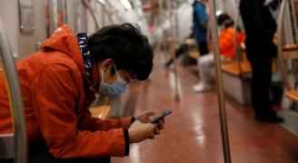 فيروس كورونا يصيب الهواتف الذكية