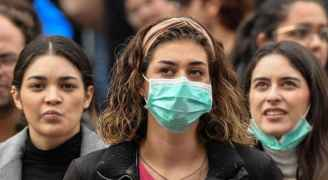 كورونا يرعب إيطاليا .. تعطيل المدارس وإغلاق ساحات عامة