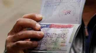 الإدارة الأمريكية تتراجع عن قرارها إلغاء تأشيرات الطلاب الأجانب