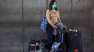 كندا تمدد فترة إغلاق حدودها أمام المسافرين