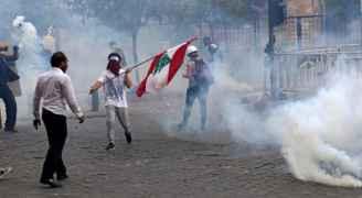 هدوء حذر يسود بيروت عقب اشتباكات عنيفة مع الأمن