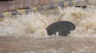 مياه اليرموك تتعامل مع ٤٠٠ شكوى فيضان صرف صحي في الشمال