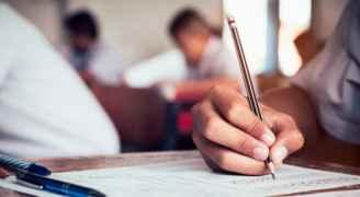 التربية لرؤيا: جميع الاختبارات المدرسية ستعقد داخل الغرف الصفية