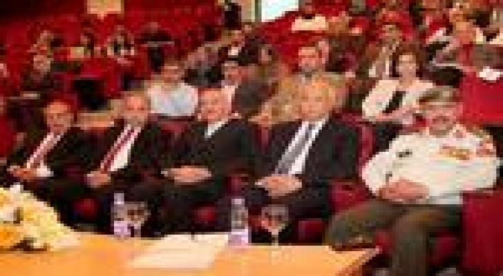 """افتتاح أعمال """"المؤتمر العلمي حول أخلاقيات البحوث الطبية وتعزيز دور الباحثين الشباب """""""