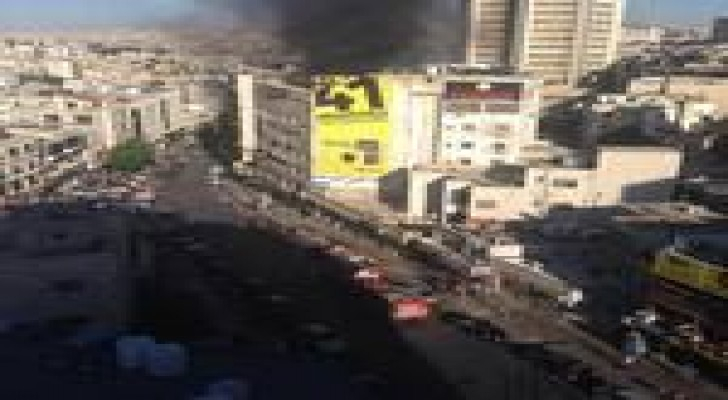 حريق مستودع على الدوار الثالث.. صور
