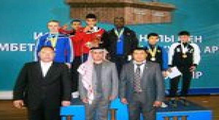 منتخب الشرطة للملاكمة يحقق ذهبية وبرونزية من كازاخستان