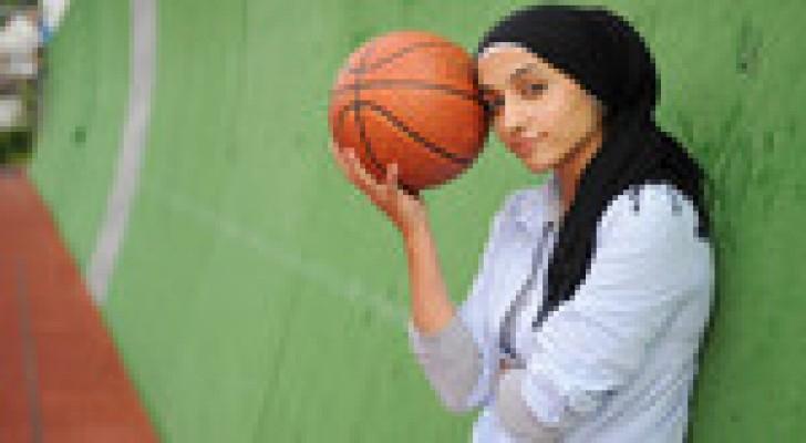 السماح للاعبات كرة السلة بارتداء الحجاب