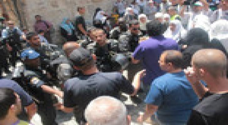 """نتنياهو يدفع بتشريع يحظر""""المرابطين والمرابطات"""" دفاعا عن الاقصى"""